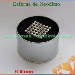 cubo magnético com 216 imãs